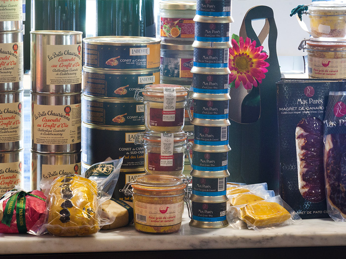 Fotografies del petit paradis botiga gourmet amb encant, personalitat i solera ubicada a girona
